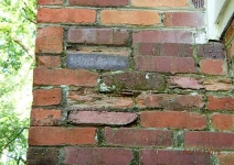 bricks-have-deteriorated-where-wet-due-to-freezing-damage